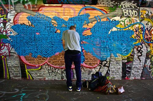 Knitting Graffiti Rocky : Yarn bombing guerrilla knitting knit graffiti