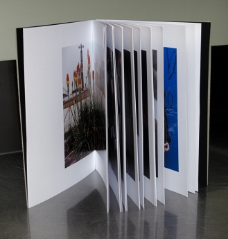 http://harveybenge.blogspot.pt/2012/03/photobook-some-thoughts-on-editing-and.html